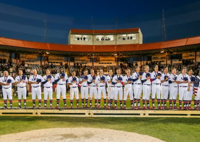20170910 U-18 Baseball World Cup USA with gold medals (James Mirabelli-WBSC)