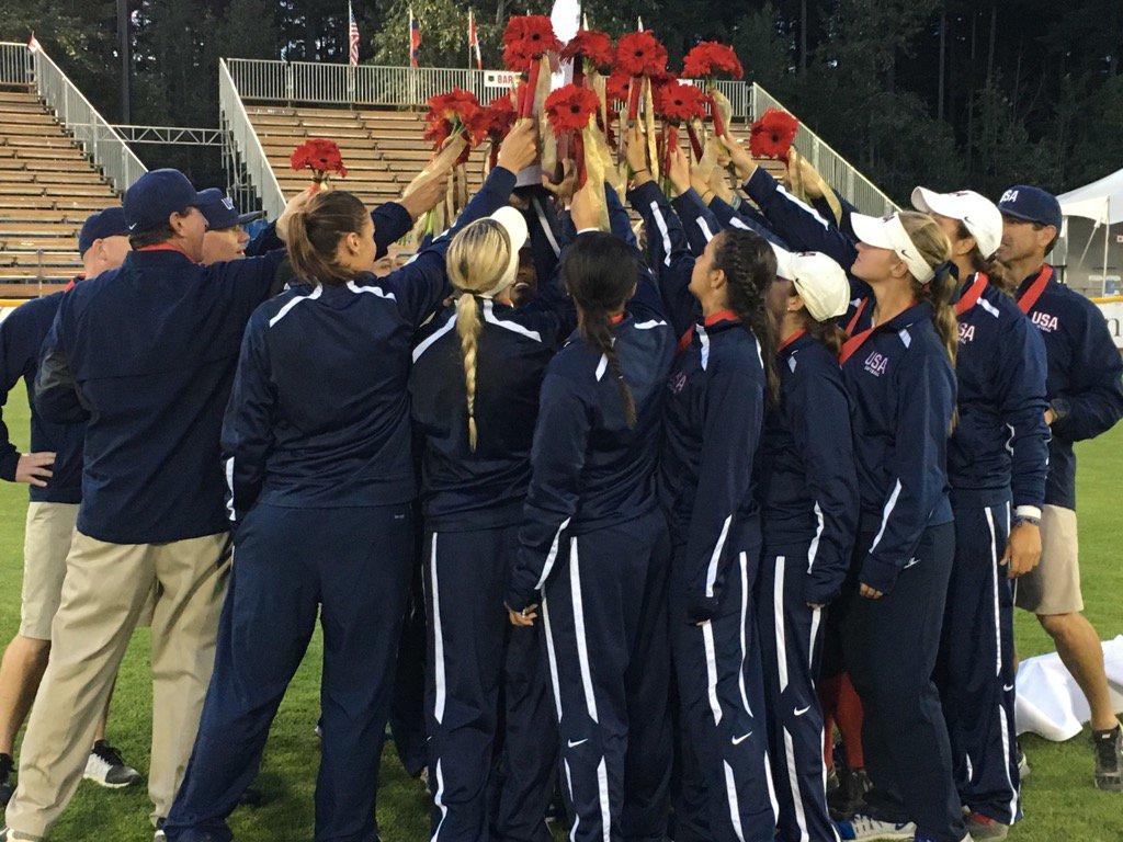 El No. 2 en el mundo USA derrota a los clasificados de primero Japon, para ganar el Campeonato Mundial de Softbol Femenino 2016