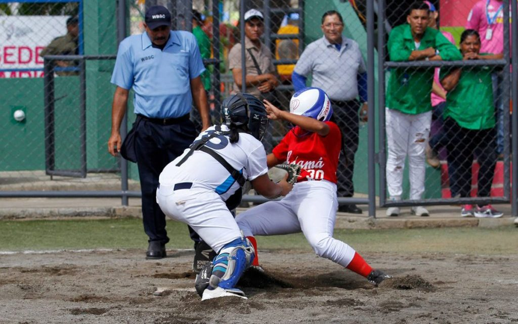 Guatemala sits atop standings after opening day at Central American Games Softball competition