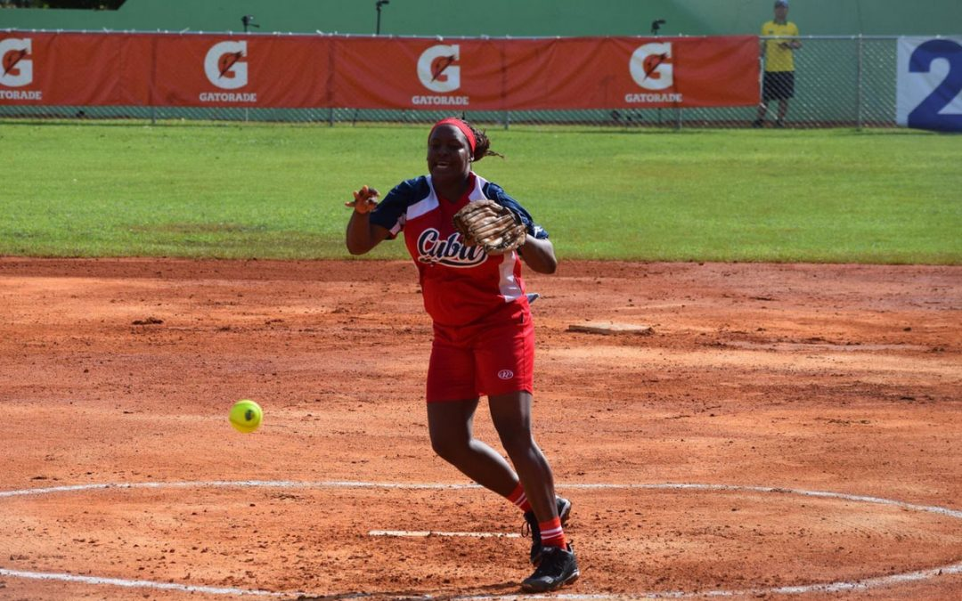 Four teams remain unbeaten in the Women's Pan American Softball Championship