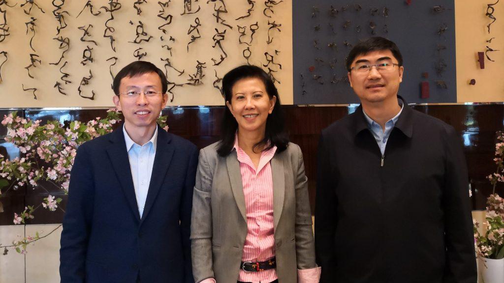 Beng Choo Low met China Baseball and China Softball heads