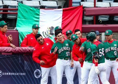 20170906 U-18 Baseball World Cup Mexico celebrate HR vs South Africa (Christian J Stewart-WBSC)