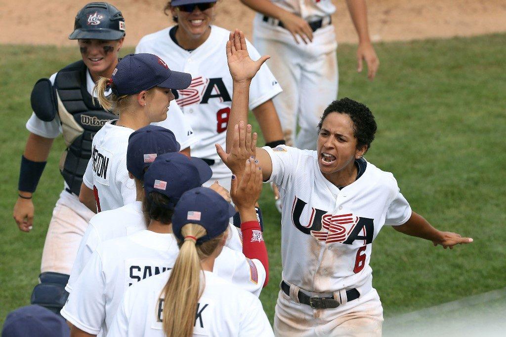 US代表チームがフロリダで女子野球を大々的にプロモーション