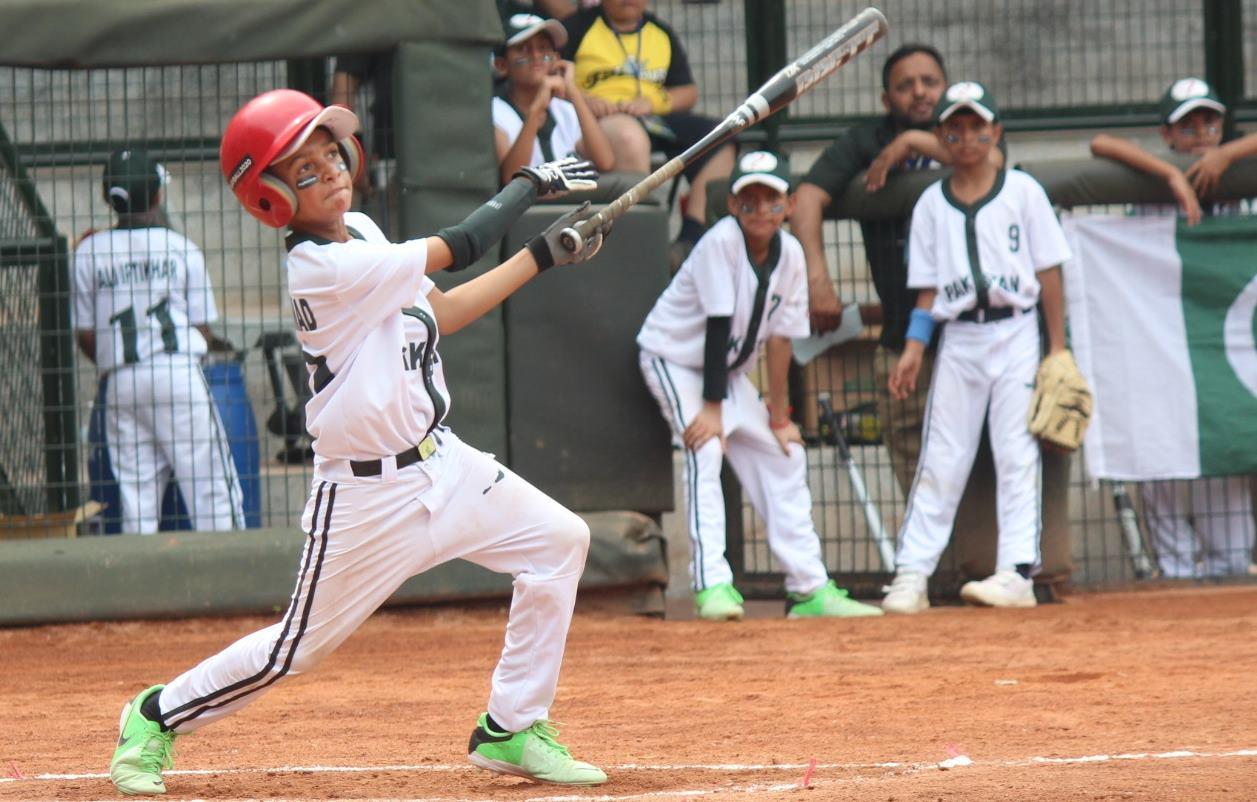 Impulsado por el gobierno, el béisbol de Pakistán apunta a elevar su perfil internacional