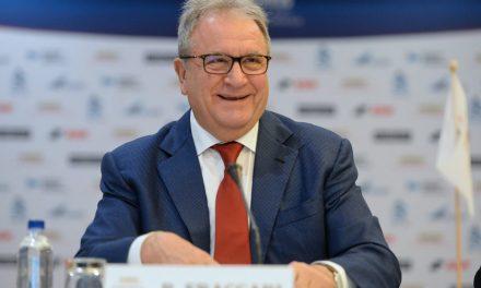 Deporte Global: Presidente Fraccari de la WBSC habla con el gigante de la radio RFI sobre la importancia de África
