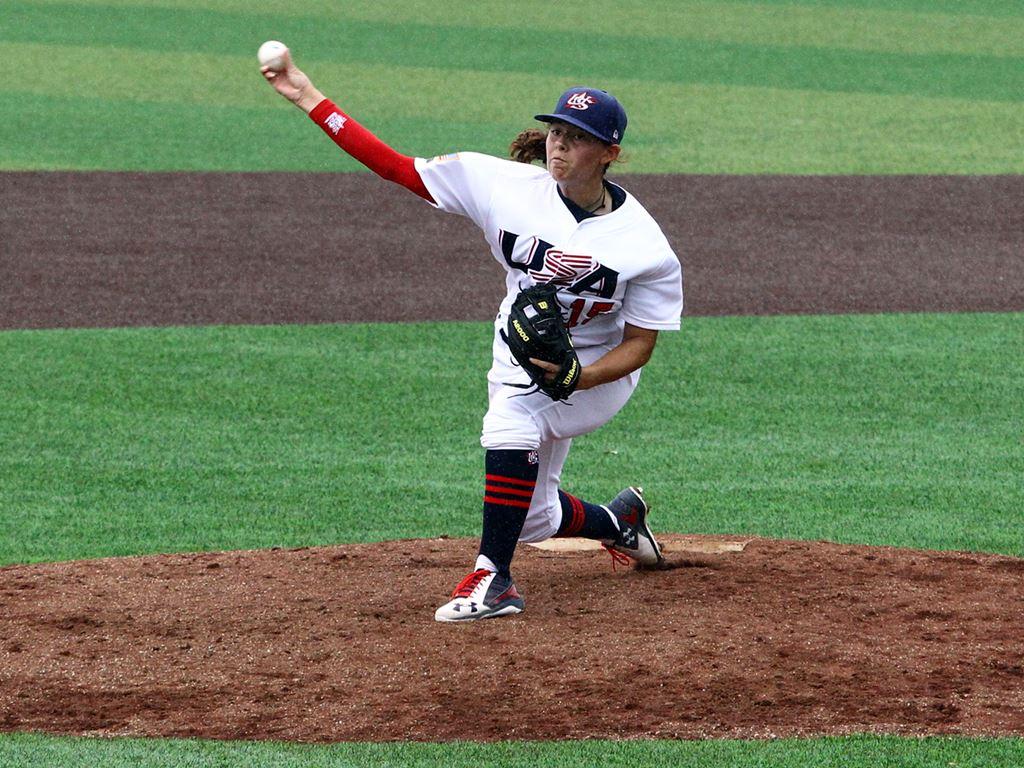MLBとUSAベースボールが初の女子ユース野球大会を開催