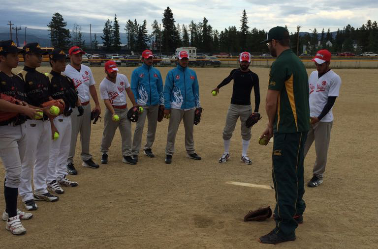 Australia's Adam Folkard gives back as part of WBSC Softball High Performance clinic at Men's Softball World Championship