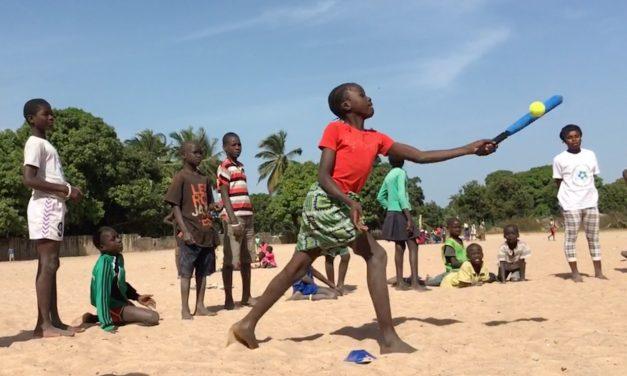 Baseball5 ayuda a poner el marcha el Programa Corre las Bases en Gambia