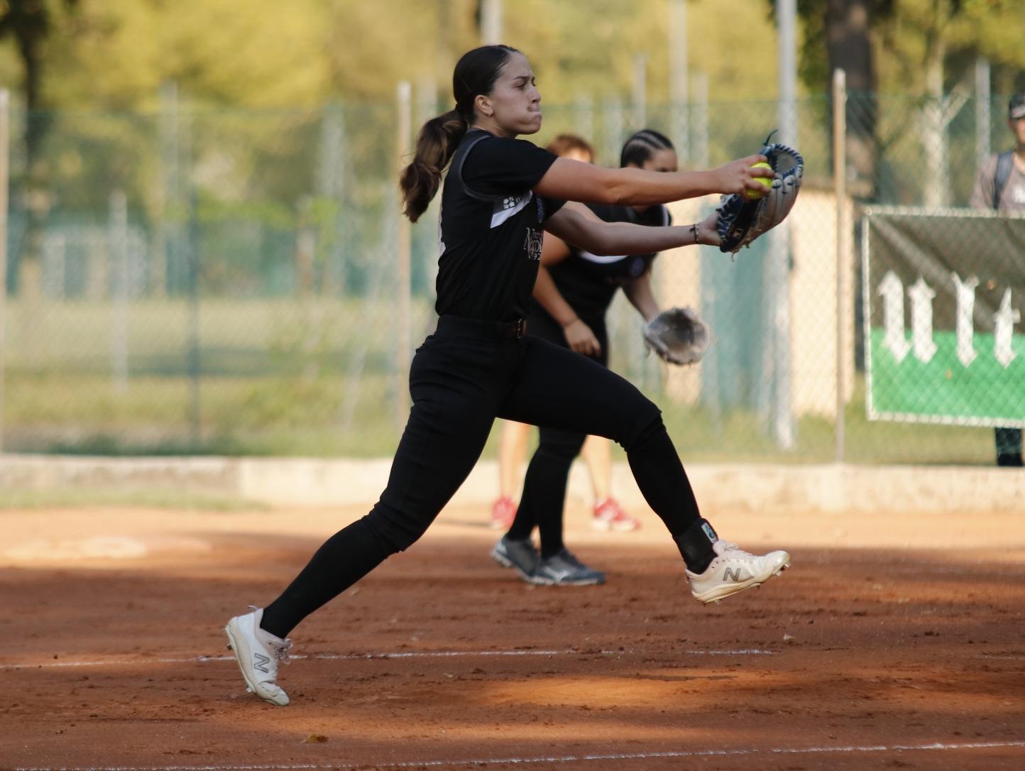 Forlì accede alla semifinale con uno sweep su Caronno. Pareggio dopo le prime due partite nel playout