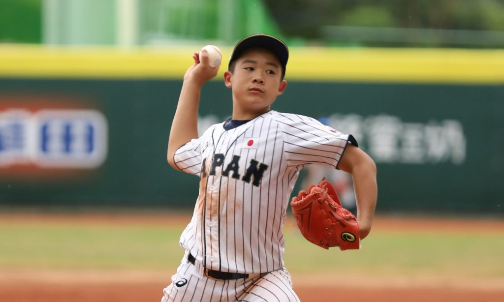 Japan's starter Namatame could use some help from center fielder Akazawa